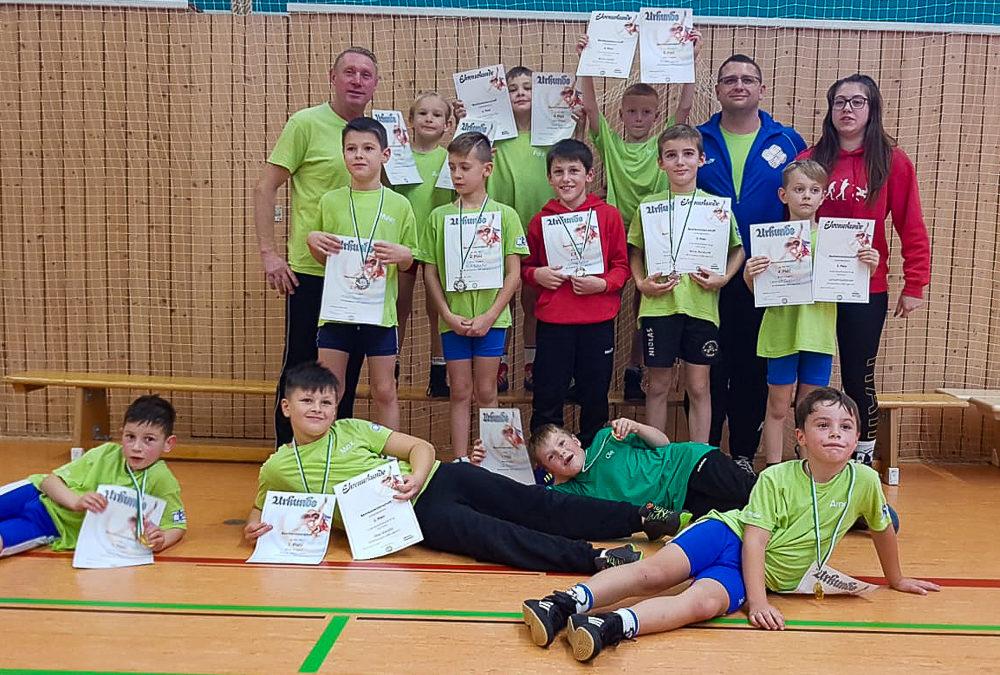 Vier Goldmedaillen zu den Bezirksmeisterschaften der Jugend D und E